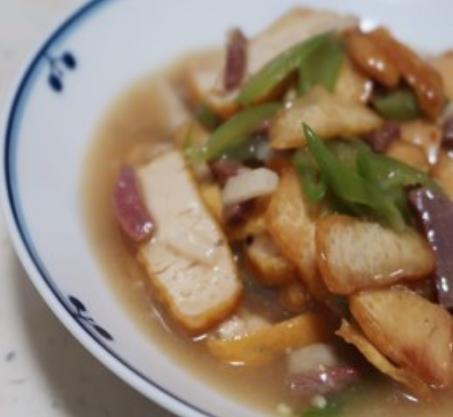 宣威火腿烩黄豆腐